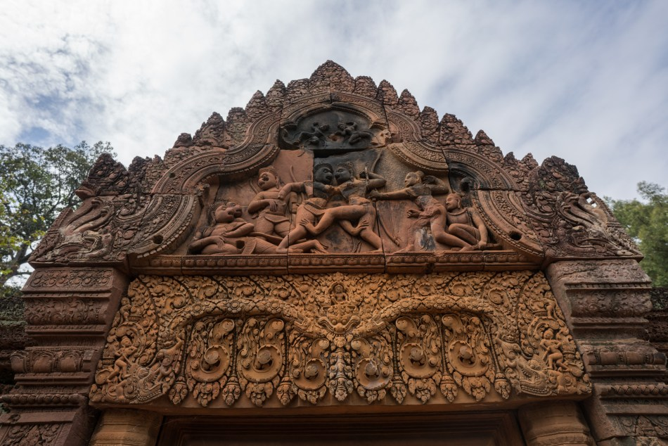 5 Reasons to Visit Siem Reap Cambodia Banteay Srei Temple