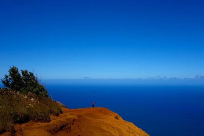 ハワイカウアイ島ヌアロロトレイルトレッキング柵の向こう側にも行ってみた