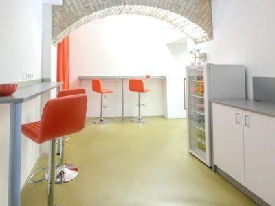 trainCo_Aufenthaltsraum und Küche