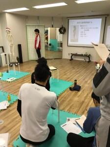 コアコンディショニング,ブロック姿勢評価,トレーナー,大阪