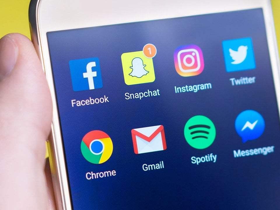 Recrutare prin Social media