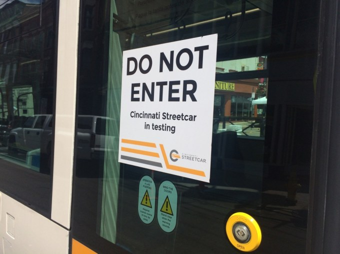 On the streetcar door     (Photo by B. Wing)