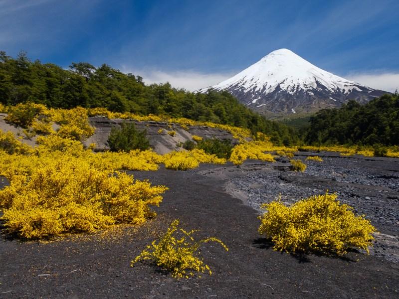 volcan osorno chili puerto varas