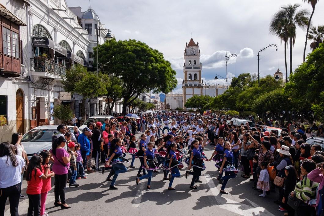 carnaval bolivie sucre