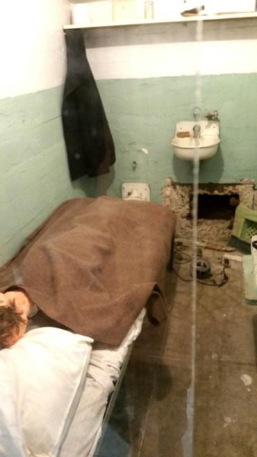 San Francisco, California, Alcatraz,inside, cell, prison, escape, hole, tunnel, trick, escaping, fake, hair, head, cover, drill,