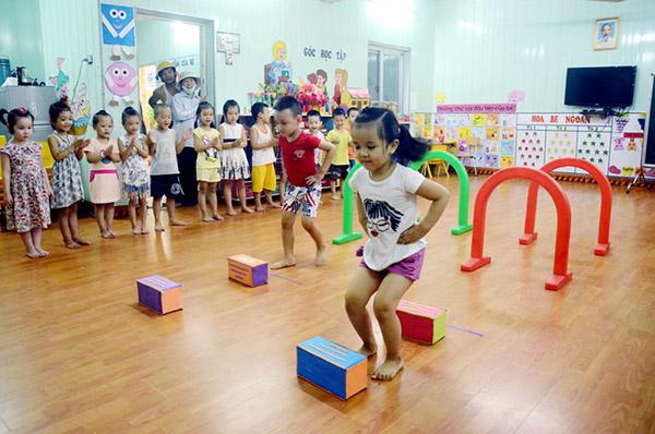 15 trò chơi vận động tập thể dành cho trẻ em