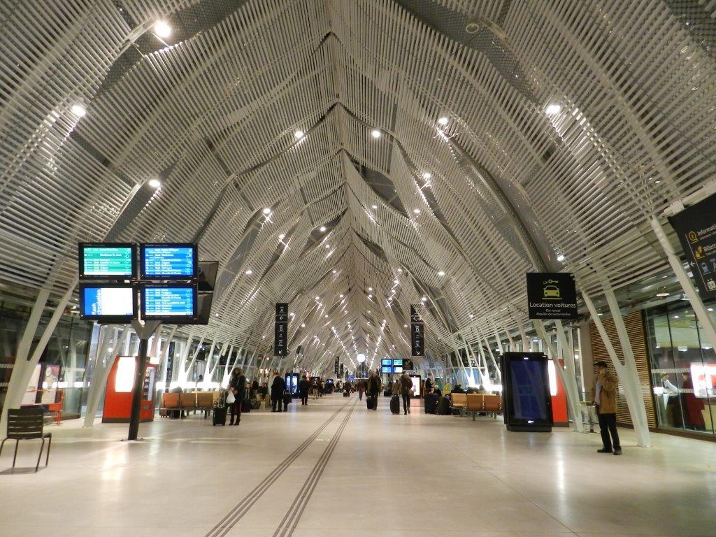 12 dcembre 2014  Place de la Comdie Place PaulBec et gare de Montpellier SaintRoch by