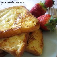 Warm and healthy breakfast: French Toast ^^