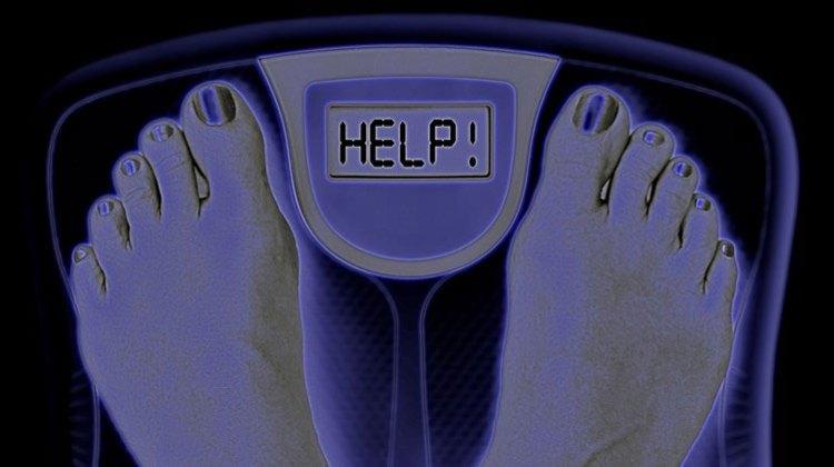 Varför är så många överviktiga, är frukt nyttigt och lightläsk eller vatten?