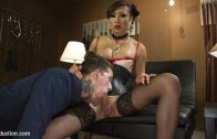 Sensual Domme Venus Lux Gets Worshiped and Fucks Her Slave
