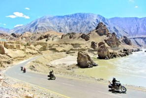 EXCLUSIVE PHOTO-REPORT: A MOTORCYCLE-TRIP IN THE HIMALAYA MOUNTAINS