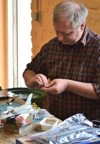 Member Oliver Gillessen is adding extra parts - much of the time is spent with filing.