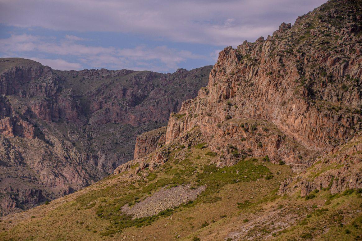 TFC265_cliffs-2048x1365