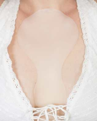 smooth chest wrinkles with silicone pads