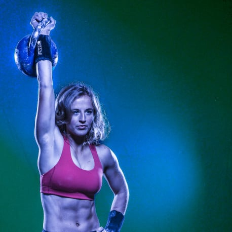 How to get a healthy body image and self-love through kettlebellsport | Brittany van Schravendijk | transformatie podcast sjanett de geus
