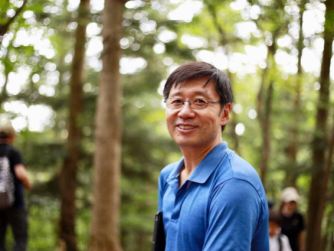 forest bathing cures covid-19 dr qing li about shinrin yoku and forest medicine research transformatie podcast sjanett de geus