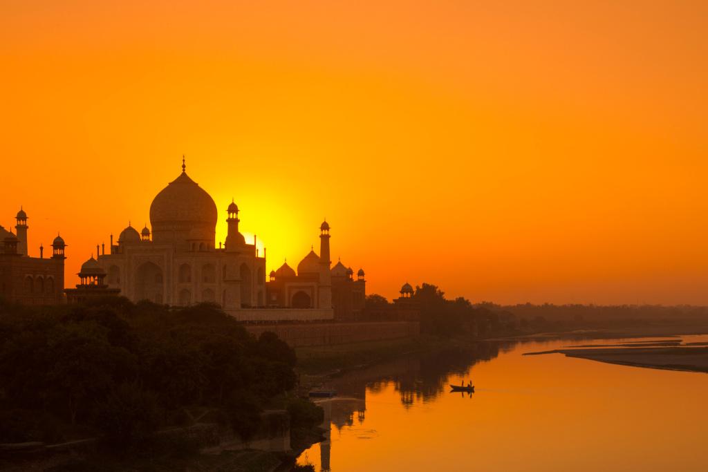 The Taj at first Light