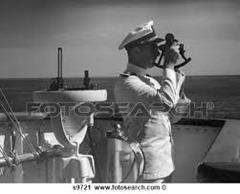 capitaine sur le pont du navire