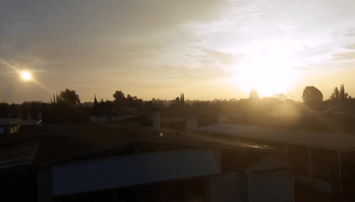 Coletânea de vídeos com filmagens do Elenin P/2011 NO1, de 2014/2015.