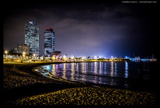Night-time photograph of Port Olimpic, Barcelona. Taken with a Canon 5D Mark III and Sigma 35mm f1.4 Art lens.