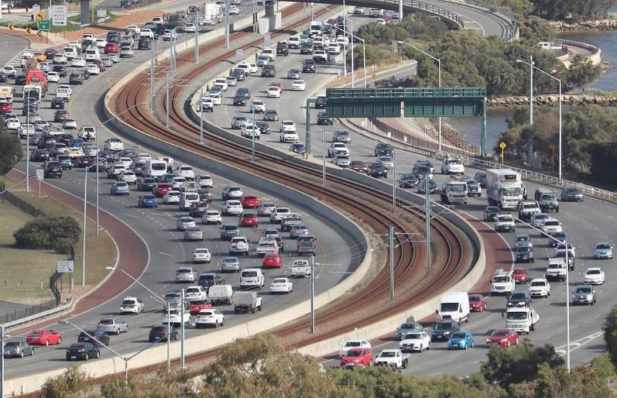 Bilkøer, illustrerer utslipp CO2