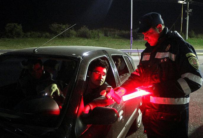 control-de-alcoholemia-autopista-caminera-carlospazvivo