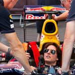 Tom Cruise drives a Red Bull Racing F1 car - Mission Impossible? Maybe not. (w/VIDEO)