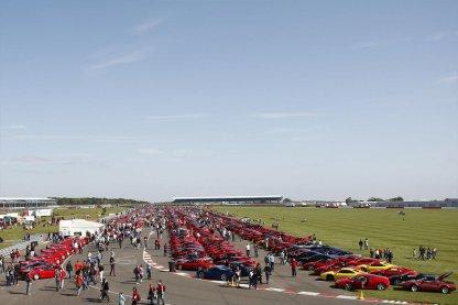 Ferrari-record-parade-G12