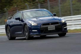 2013-Nissan-GT-R-Sendai-Circuit-G14