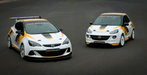 Opel-Astra-OPC-Adam-Rally
