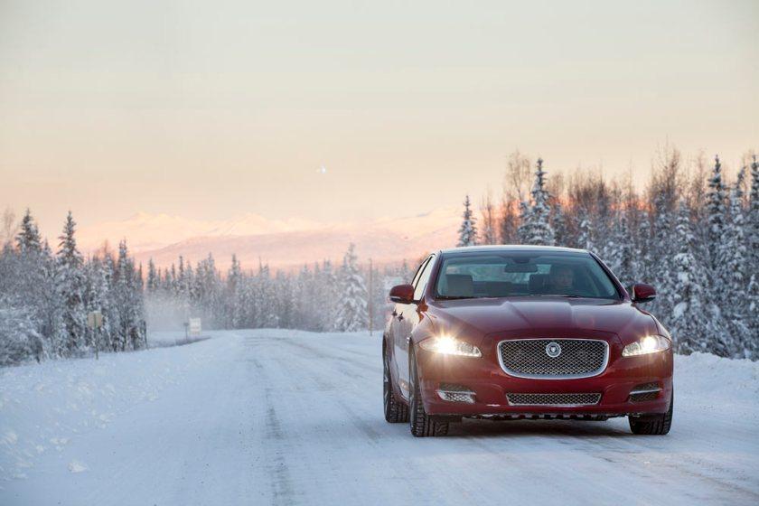 Jaguar-XJ-Arctic-Circle_G9