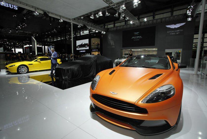 Aston-Martin-Vanquish-VH_G3