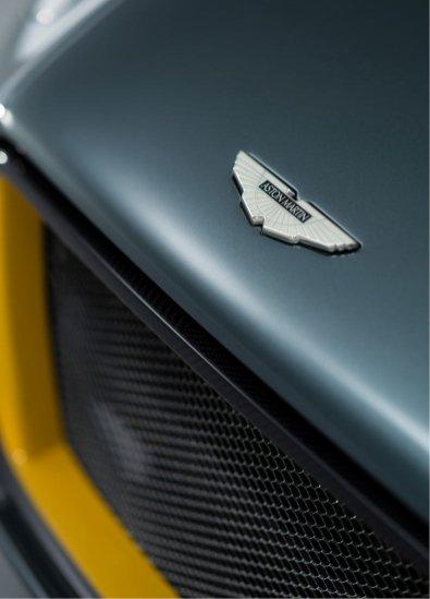 Aston-Martin-CC100-Speedster-Concept_ASM00238
