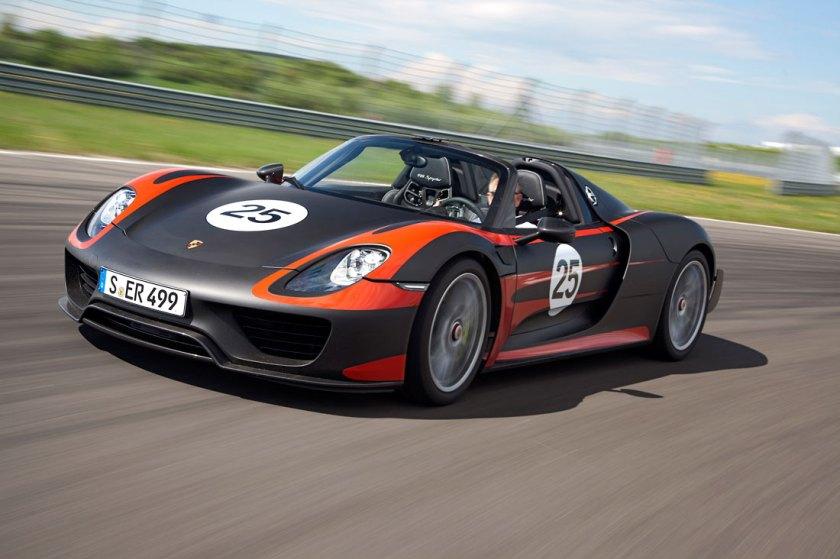 Porsche-918-Spyder-review_G1