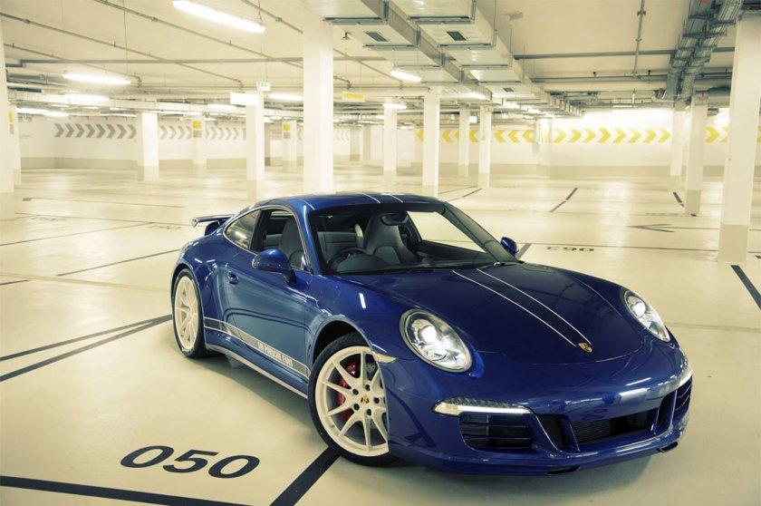 Porsche-5Million-Fans-911C4s_G1