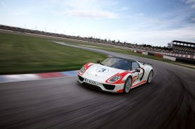 Porsche-918-Spyder-Nurburgring-record_G9