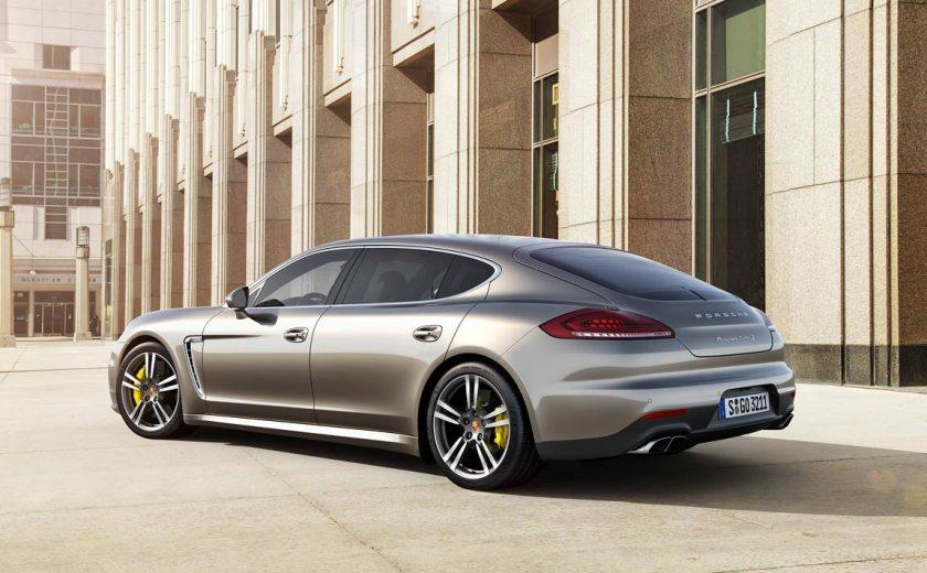Porsche-Panamera-TurboS_G0