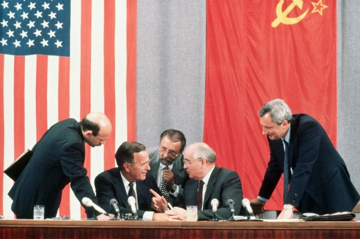 TFF PressInfo # 390 – Ten articles on the new Cold War and a reflection