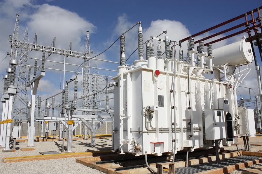 Inversión en electricidad y rudo racionamiento