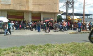 Adyacencias Mercado La Carolina. parroquia Barinas - copia