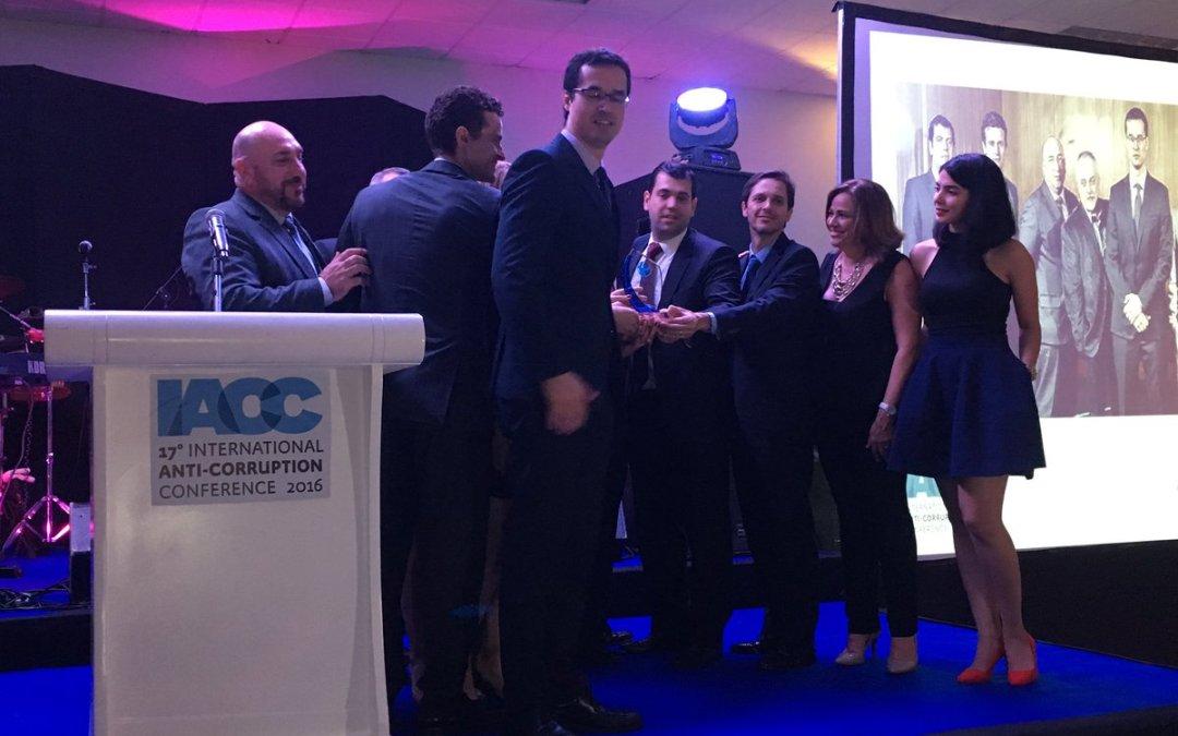 Equipo Especial de la Operación Lava Jato de Brasil gana el Premio contra la Corrupción de Transparency International