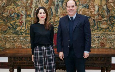 Diputado Borges se reunió con presidenta del Parlamento Vasco para tratar crisis humanitaria