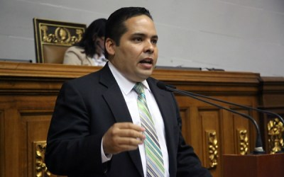 Comisión del Sebin allanó residencia del diputado Sergio Vergara
