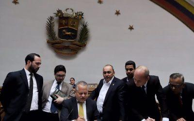 AN modificó el reglamento de debates para que diputados en el exilio puedan sesionar