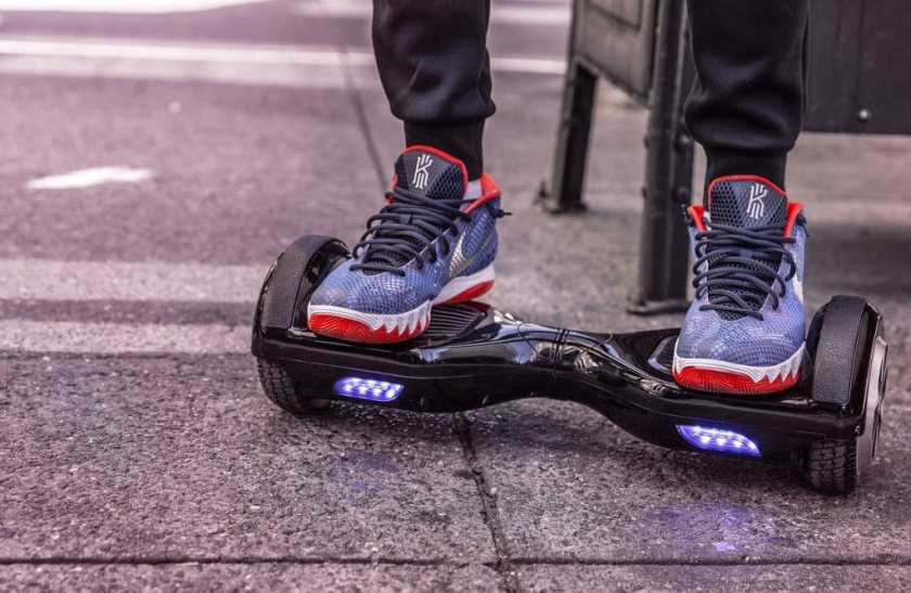 Top 10 Best Hoverboards Reviewed - Hoverboard Closeup