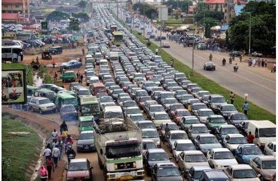 Traffic Gridlock in Lagos-Ibadan Expressway.
