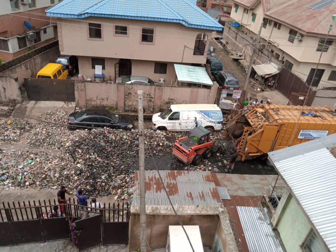 Refuse converge in Surulere, Lagos.