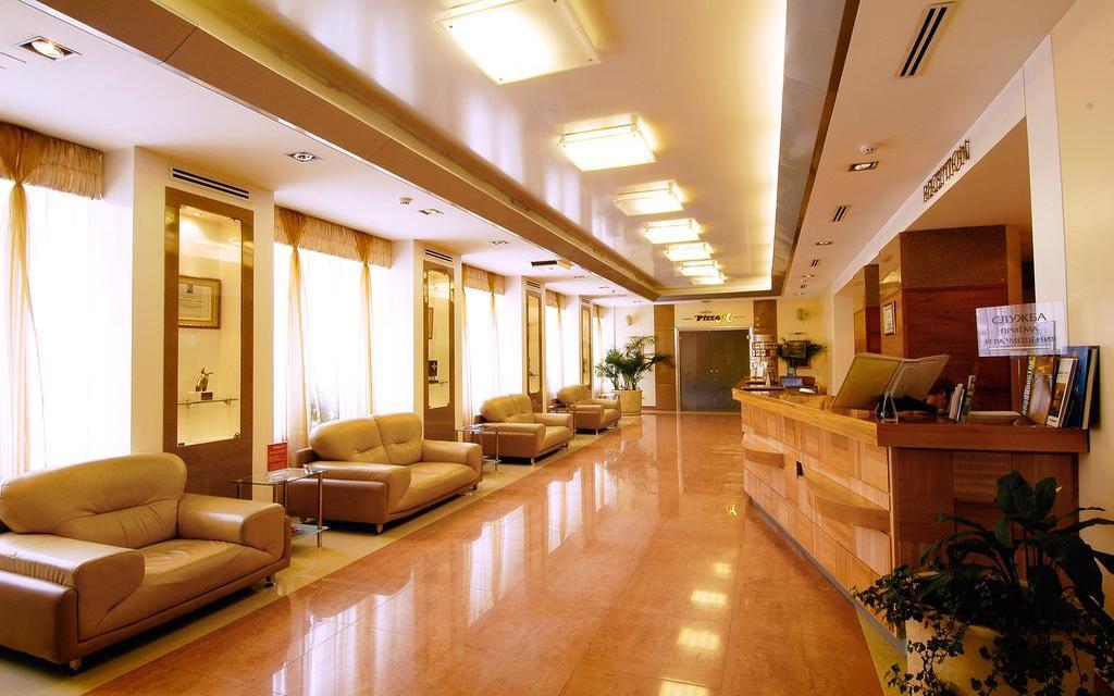 Lobby im Hotel Primorye in Wladiwostok