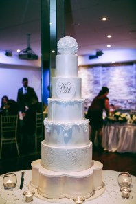 A wide shot of the large wedding cake in sydney
