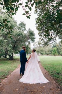 Australian Bride and groom rustic wedding photoshoot